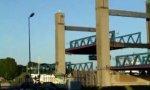 Tanker vs Brücke