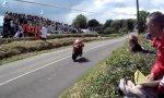 Motorrad Tiefflug-Übung
