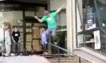 Rollerblade-Trick No. 3313: Nutbuttgrind