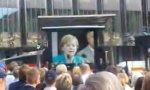 Angela Merkel hat die Haare schön