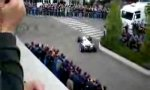 Nick Heidfeld zeigt seinen neuen BMW F1