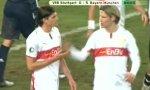 FC Bayern vs VFB Stuttgart: Gomezs Lattenknaller