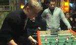 Tisch-Kicker-Kopfball-Tor