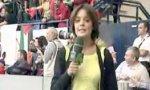 Weiblicher Reporter und Fußball - Das passt nicht
